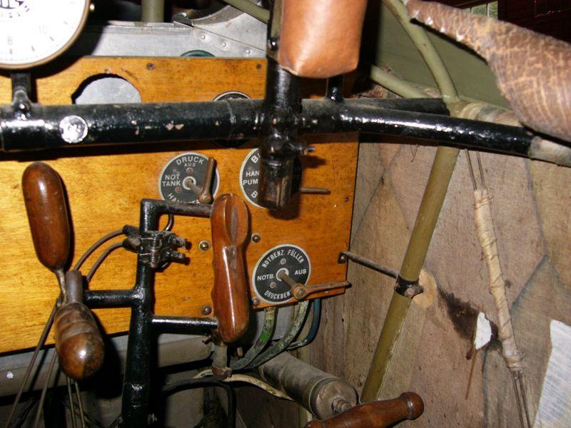fokker-dvii-cockpit-09