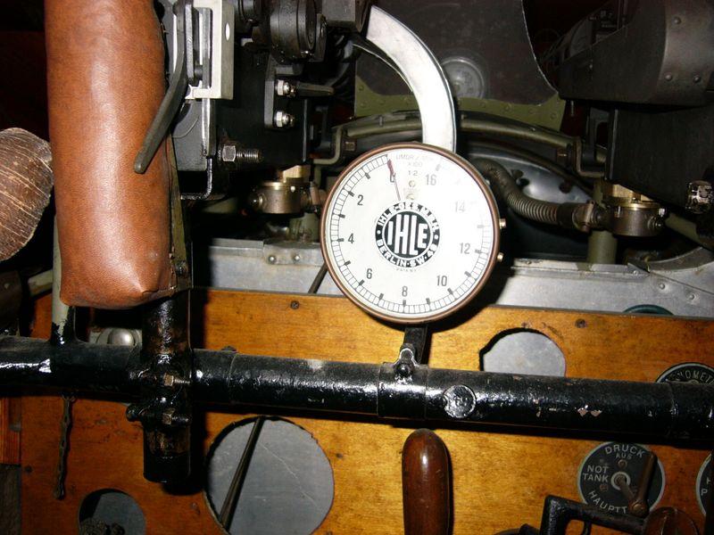 fokker-dvii-cockpit-13