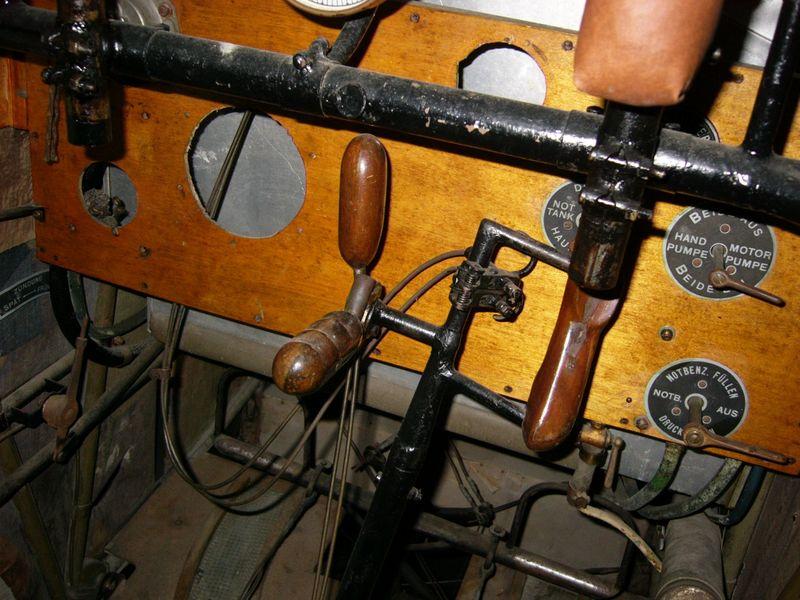fokker-dvii-cockpit-15